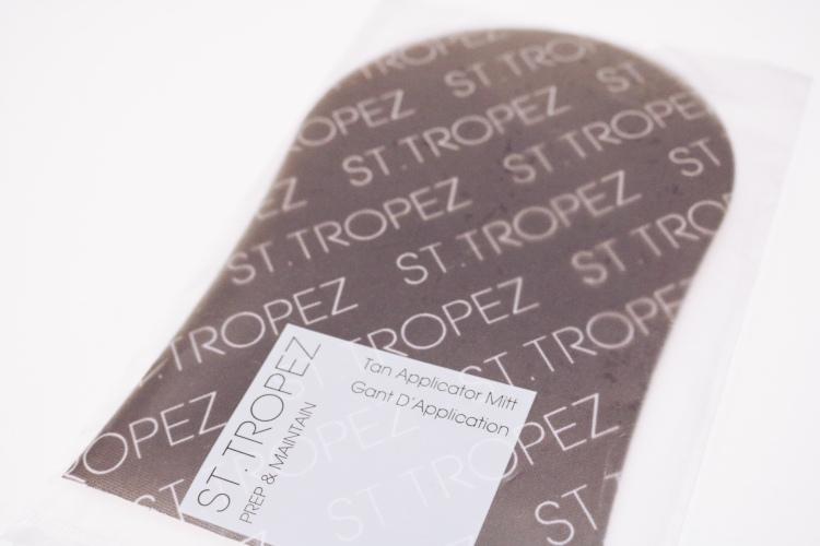 St. Tropez tan applicator mitt